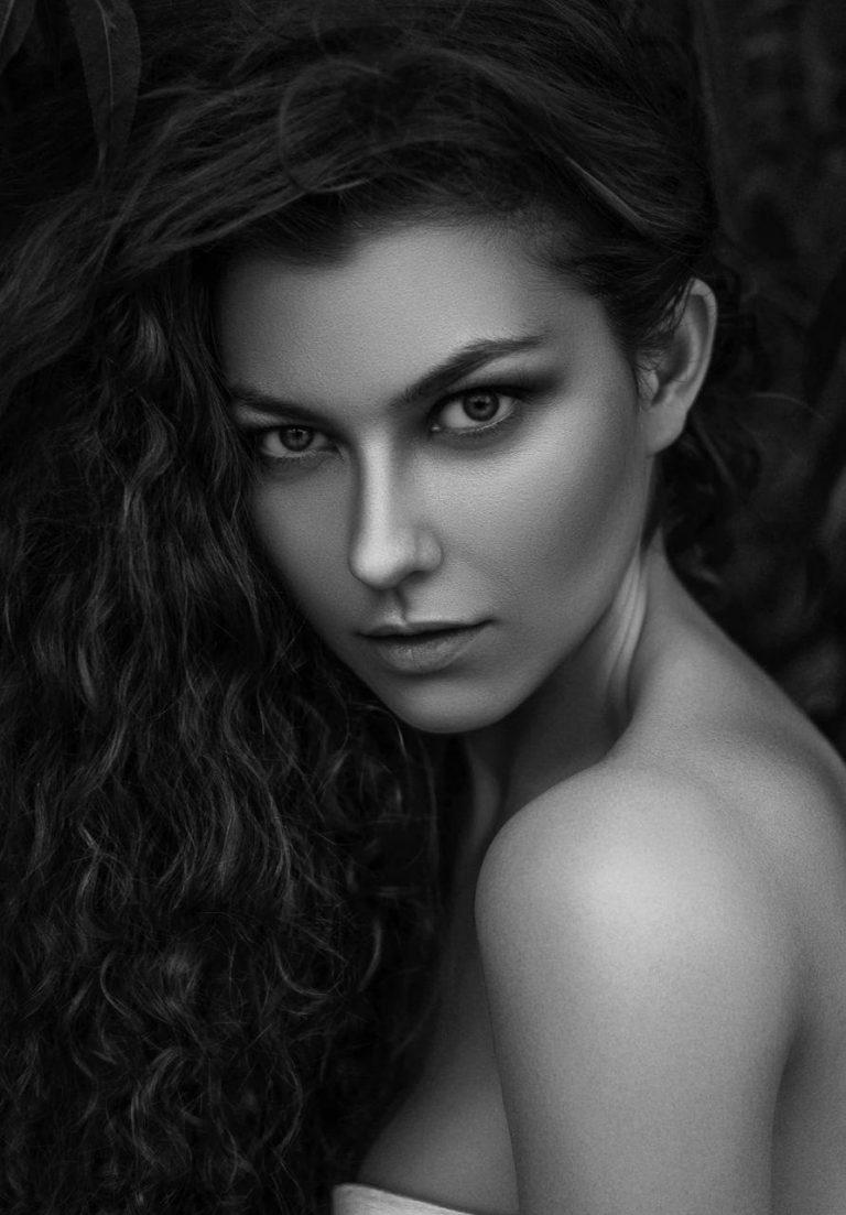 مدل های نقاشی چهره و پرتره سری 2 مدل نقاشی چهره و پرتره سری 2 photo 2018 05 31 00 45 34 768x1103