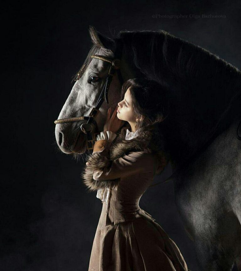 مدل نقاشی زن به همراه اسب مدل نقاشی زن به همراه اسب photo 2018 06 24 09 01 46 768x866