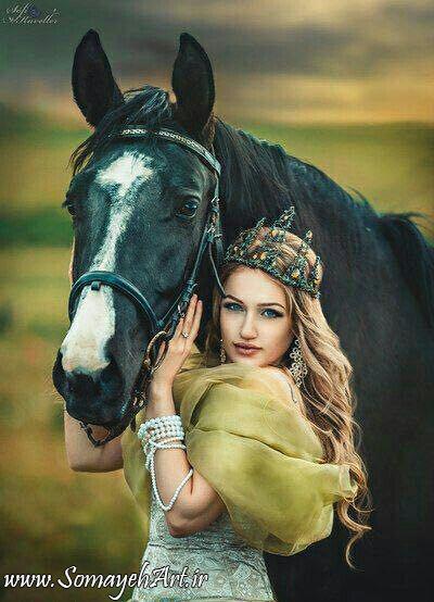مدل نقاشی زن به همراه اسب مدل نقاشی زن به همراه اسب photo 2018 06 24 09 01 47 2