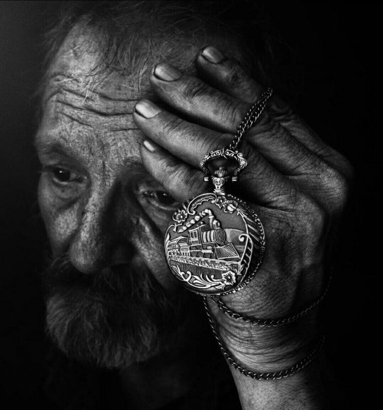 مدل نقاشی پیرمرد مدل نقاشی پیرمرد photo 2018 06 30 23 29 58 2 768x821