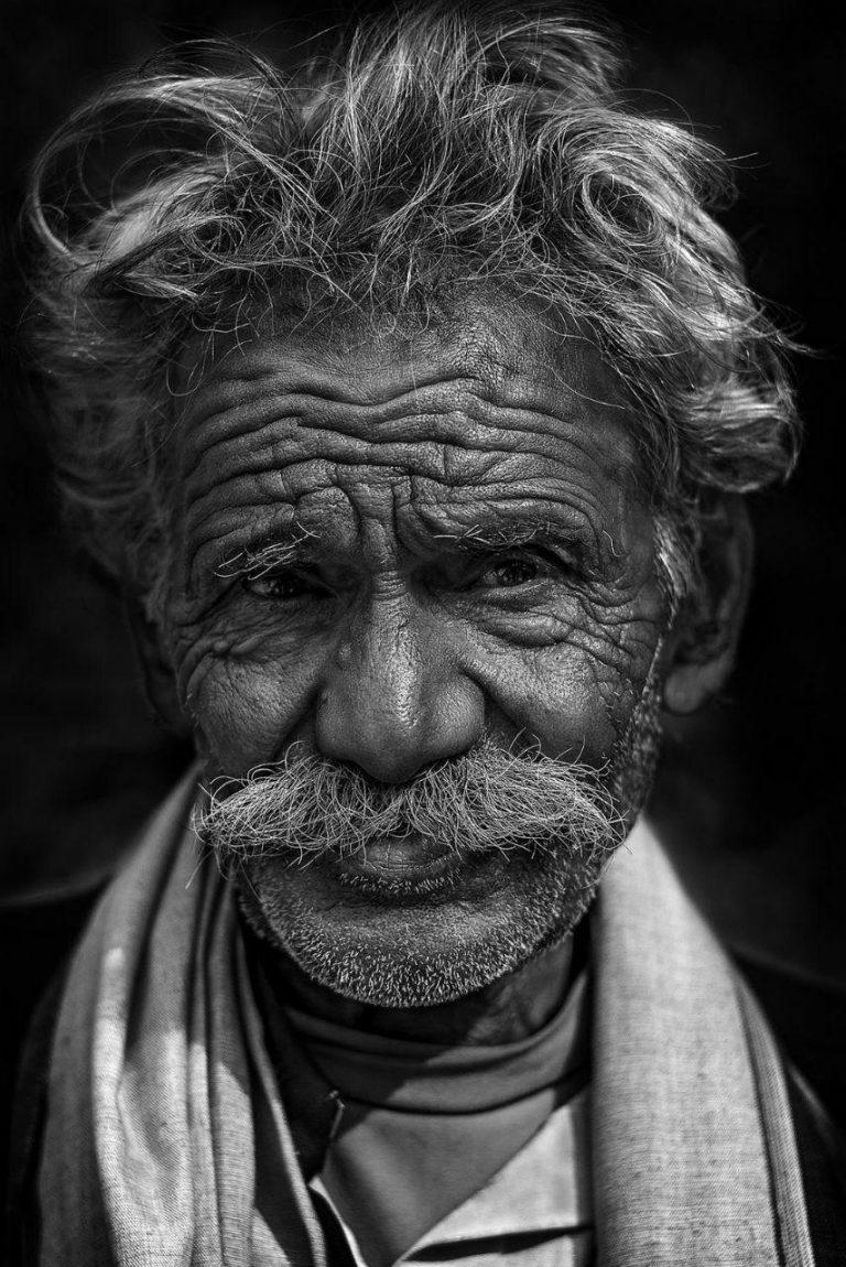 مدل نقاشی چهره سیاه قلم مدل نقاشی چهره پیرمرد سیاه قلم مدل نقاشی چهره پیرمرد سیاه قلم                                            768x1150