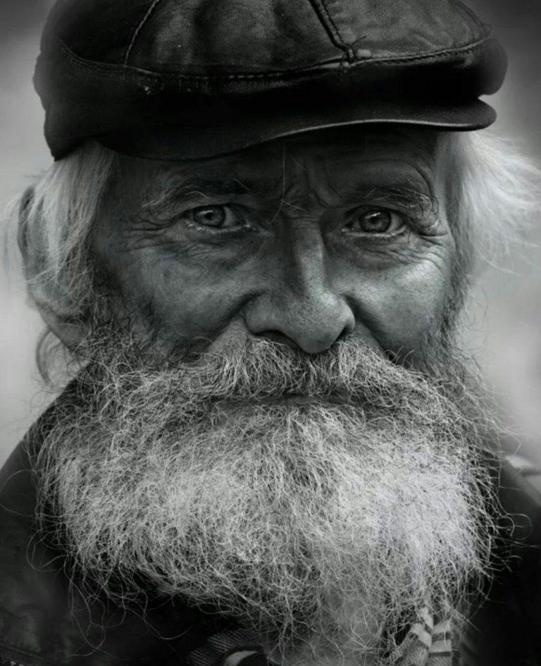 مدل نقاشی چهره پیرمرد سیاه قلم مدل نقاشی چهره پیرمرد سیاه قلم photo 2018 07 06 22 07 24 768x945
