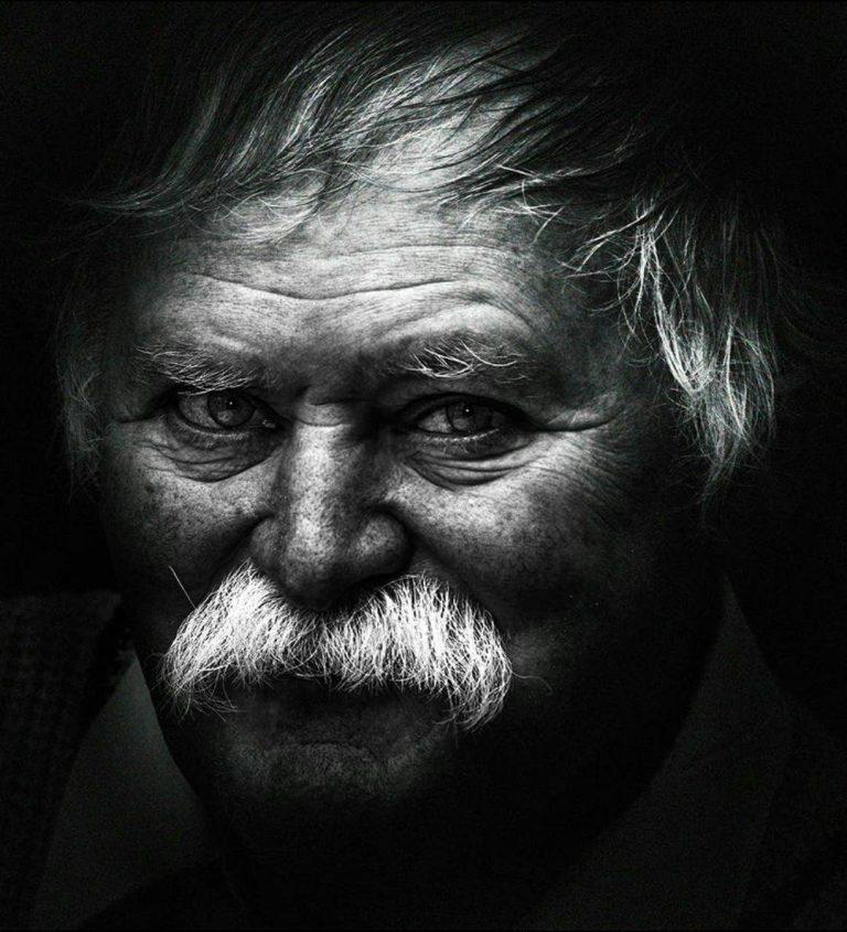 مدل نقاشی چهره پیرمرد سیاه قلم مدل نقاشی چهره پیرمرد سیاه قلم photo 2018 07 06 22 07 27 2 768x845