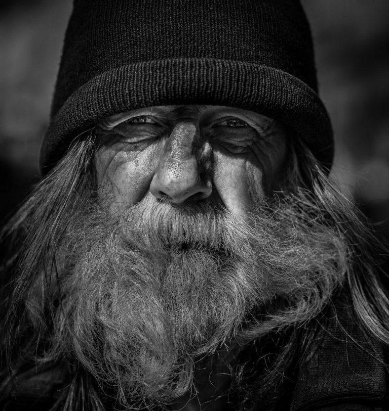 مدل نقاشی چهره پیرمرد سیاه قلم مدل نقاشی چهره پیرمرد سیاه قلم photo 2018 07 06 22 07 27 768x813