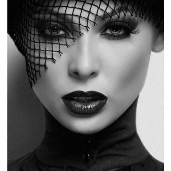 مدل نقاشی زن مناسب برای نقاشی سیاه قلم مدل نقاشی زن مناسب برای نقاشی سیاه قلم photo 2018 07 07 10 34 00 600x600