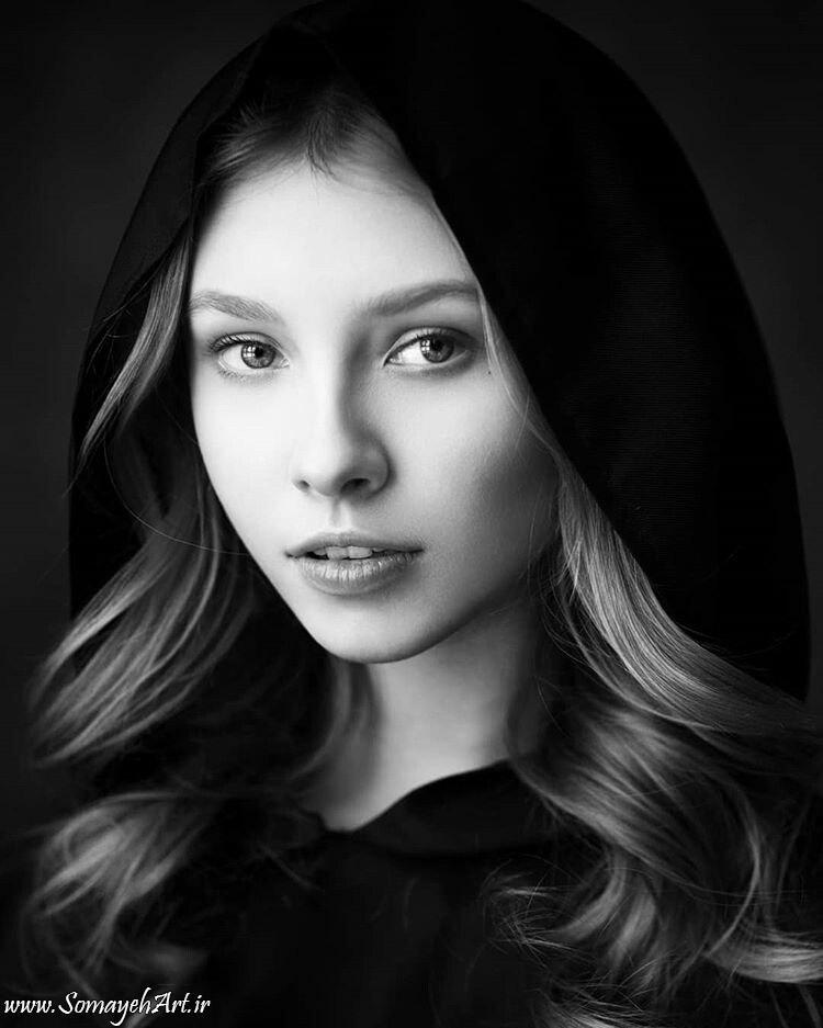 مدل نقاشی چهره زن سیاه قلم – پارت 2 photo 2018 09 16 22 07 06 2